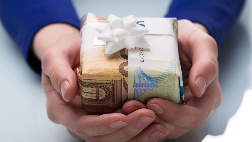 Scheine statt Päckchen: Geldgeschenke