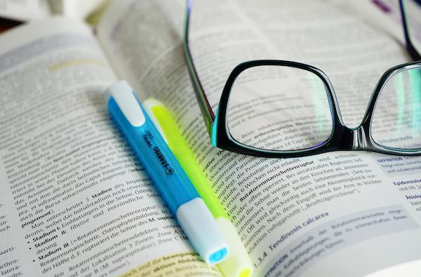 Wie Sie effektiv für ein Studium sparen